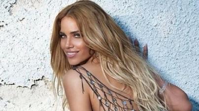 "Kατερίνα Στικούδη:""Γιατί δε χωράει η αγάπη cliche…""Κυκλοφόρησε το νέο της single !"