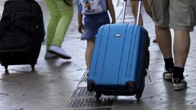 Στις 35.000 οι αφίξεις τουριστών από το Λίβανο