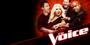 #The Voice: Δείτε την Aguilera να τραγουδάει με το ανατριχιαστικό ολόγραμμα της Whitney Houston!