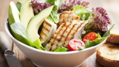 Συνταγή για κοτόπουλο με σάλτσα αβοκάντο