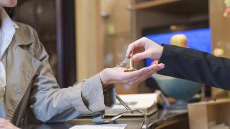Οι υποχρεώσεις πελατών προς ξενοδόχους