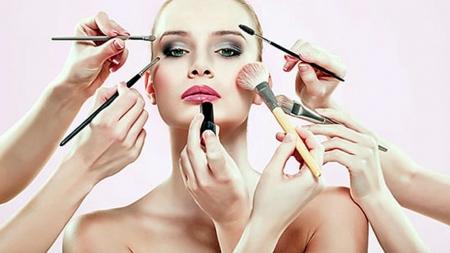 Tips μακιγιάζ για κάθε σχήμα προσώπου