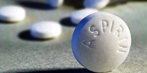 Να τι θα Συμβεί αν Βάλετε μια Ασπιρίνη Μέσα στο Πλυντήριο!