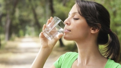 Τι ασθένειες μπορεί να κρύβει η δίψα