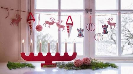 Καταπληκτικές Χριστουγεννιάτικες Ιδέες Διακόσμησης παραθύρων