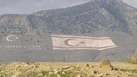 Συνάντηση Ελληνοκύπριου & Τουρκοκύπριου μετά από 42 χρόνια