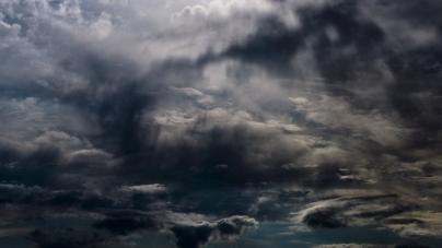 Η πρόγνωση του καιρού. Μετά την καταιγίδα θα βγει ο ήλιος;