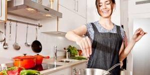 Tricks και Tips για να γλιτώσουμε θερμίδες στην κουζίνα
