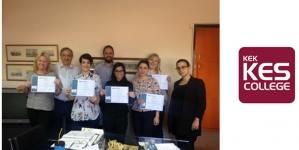 """Μονοεπιχειρησιακό Πρόγραμμα Κατάρτισης """" Supervising Food Safety"""" από το KES College για τον Όμιλο Εταιρειών Συμεωνίδη"""