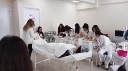 Παρουσίαση της θεραπείας καθαρισμού προσώπου με Μαύρη Μάσκα από την εταιρεία Yellow Rose στις φοιτήτριες των Αξιολογημένων – Πιστοποιημένων Προγραμμάτων Σπουδών Αισθητικής του KES College