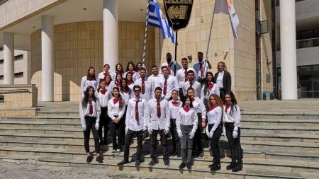 Το KES College τίμησε την εθνική επέτειο της 25ης Μαρτίου με συμμετοχή των φοιτητών του στην παρέλαση