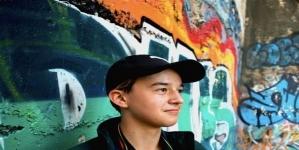 16χρονος ομογενής πυροβολήθηκε από τον αδελφό του σε live σύνδεση