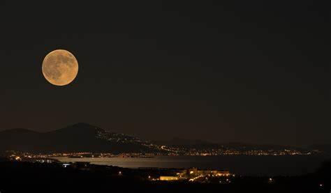 Απόψε το μεγαλύτερο φεγγάρι του χρόνου!