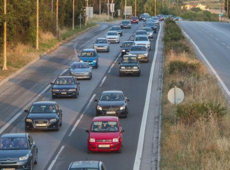 Τρίτη η Κύπρος στη λίστα των περισσότερων αυτοκινήτων ανά κάτοικο στην ΕΕ